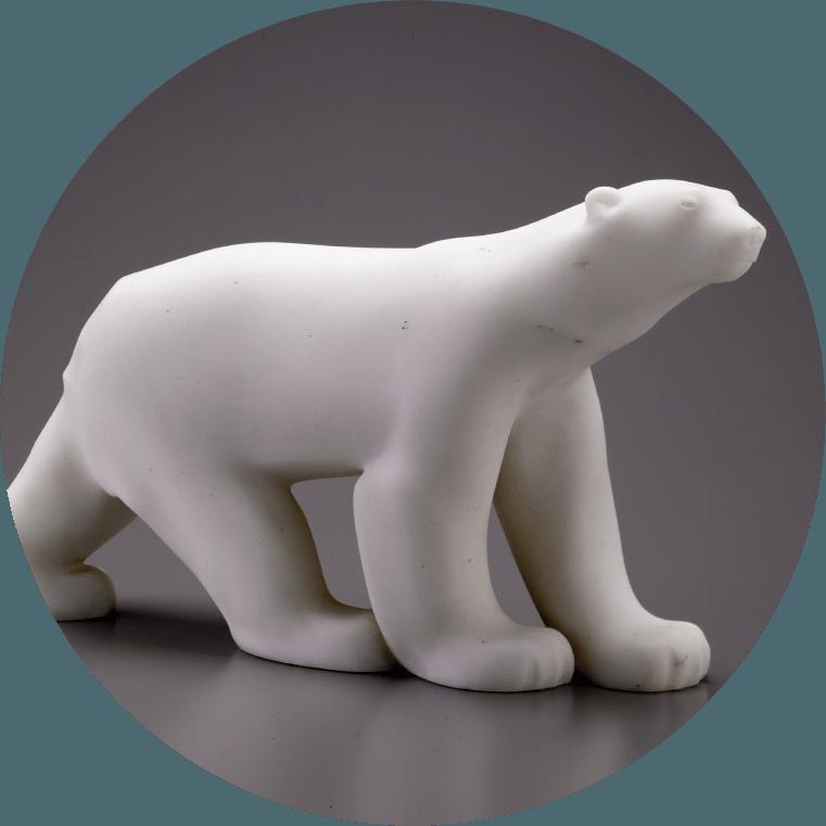 《シロクマ》 1923-1933年 / 大理石 群馬県立館林美術館蔵